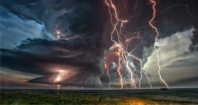Australia 'on brink' of apocalyptic weather