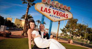 Why is married in Las Vegas  so popular?