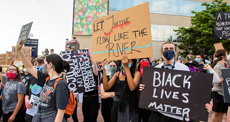 Protests in the USA: Causes and Consequences