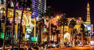 How do Casinos Keep People Gambling?