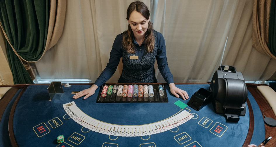 Why Betting Max Is The Only Way To Win At A Casino l